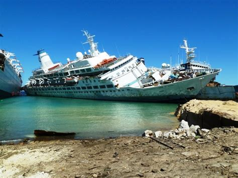 Pacific Princess Love Boat Scrapped by Quot Love Boat Quot Goes To The Breakers Decrepit Pacific