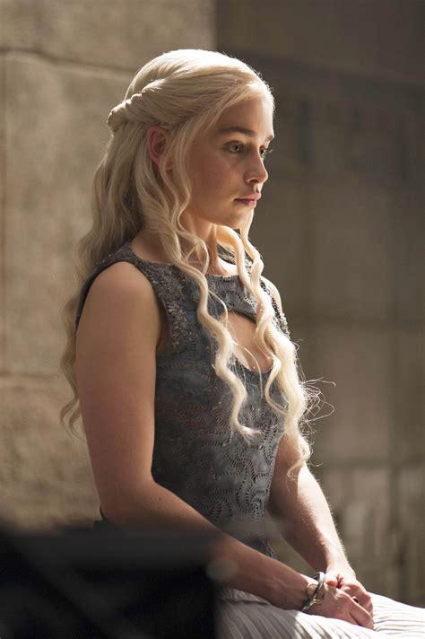 Gotham City Sirens Wallpaper Hd Daenerys Targaryen Images Daenerys Targaryen Season 4 Hd Wallpaper And Background Photos 37215658
