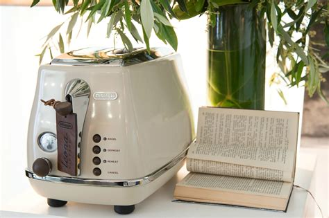 Best Toaster For The Money by The Best Toasters That Money Can Buy Digital Trends