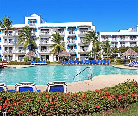 hotel chambre familiale hotel playa blanca resort centre de villégiature