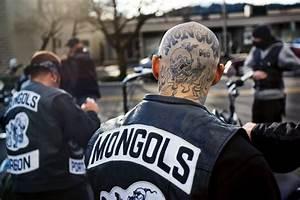 it.mongols_3851   StreetGangs.Com