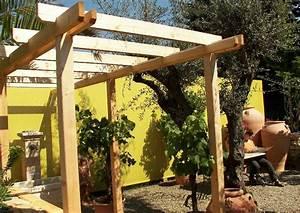 Mediterraner Garten Mit Pergola Aus Holz