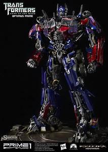 Transformers Optimus Prime Statue by Prime 1 Studio ...