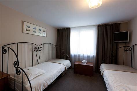 chambre suite suite familiale chambres hotel de hofkamers oostende