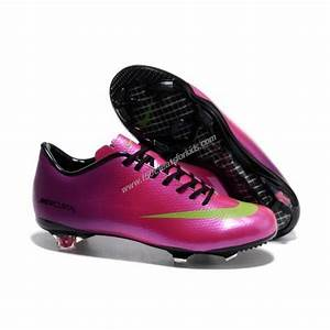 25+ best ideas about Girls soccer shoes on Pinterest ...