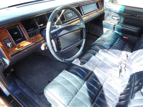 hayes car manuals 1993 lincoln continental seat position control automotive service manuals 1994 lincoln town car interior lighting 1994 lincoln town car