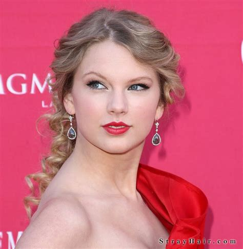Taylor Swift Long Elegant Hair Strayhair