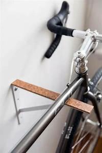 Fahrrad Wandhalterung Selber Bauen : idee zum verstauen von fahrr dern garten wandhalterung fahrrad wandhalterung und fahrrad ~ Frokenaadalensverden.com Haus und Dekorationen