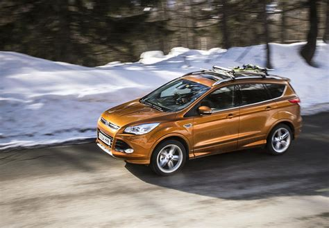 ford kuga 2016 2016 ford kuga front three quarter unveiled