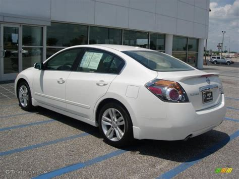 white nissan 2010 winter frost white nissan altima 3 5 sr 48770393