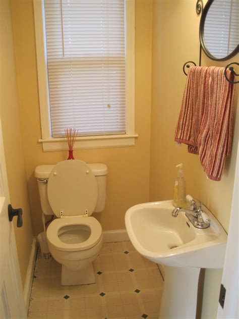 small half bathroom designs thedancingparent com