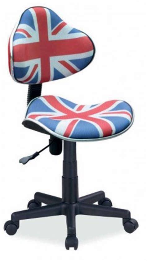 chaise de bureau ado idées déco pour chambre d 39 ado décorer une chambre d 39 ado sur le thème de l 39 angleterre