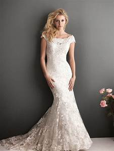 A classical collection of ivory lace mermaid wedding for Lace mermaid wedding gown