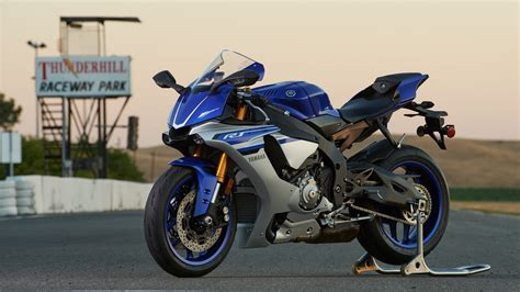 Yamaha R1m Picture by 2016 Yamaha Yzf R1 Yzf R1s Yzf R1m Picture 680878