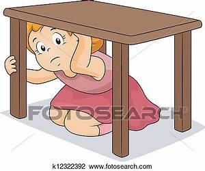 Unter Tisch Gerät : clipart m dchen verstecken unter tisch k12322392 suche clip art illustration wandbilder ~ Heinz-duthel.com Haus und Dekorationen