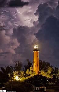 lighthouse lightning at jupiter coast
