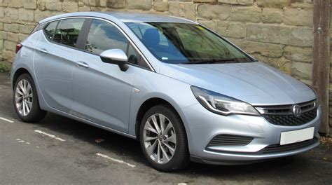 vauxhall astra file 2017 vauxhall astra design 1 4 front jpg wikimedia
