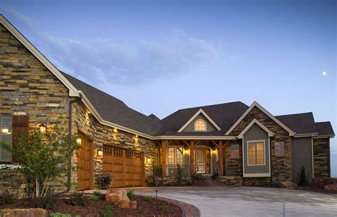 craftsman home  angled garage rw architectural