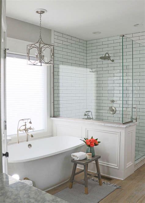 gorgeous farmhouse master bathroom decorating ideas