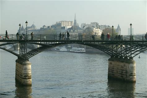 pont des temps moderne a world showcase comparison wdw fan zone