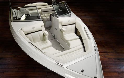 Cobalt Boats Rotating Sun Shade by Cobalt R3 Surf Inshore Yachts Wholesaler