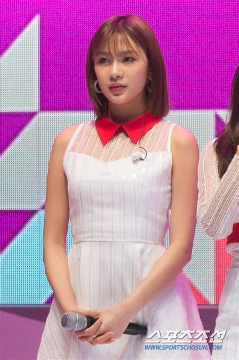 포토 에이핑크 오하영 진리의 단발미모~ 조선닷컴 연예