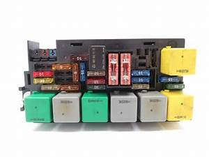 For Mercedes R350 Fuse Box