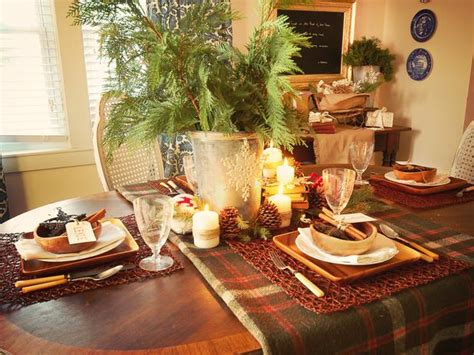 Rustic Christmas Table Decorations 2012 Ideas From Hgtv Jewelry Cabinet Armoire Hidden Buffet Wine Maple Hazelnut Glaze Cabinets Quilt Storage Used Kitchen Portland Oregon Black Lateral File Signature Hardware