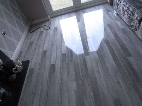 High Gloss Laminate Flooring: Icelandic Oak