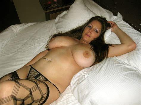 5 pics of nude amateur milfs to wow you wifebucket offical milf blog