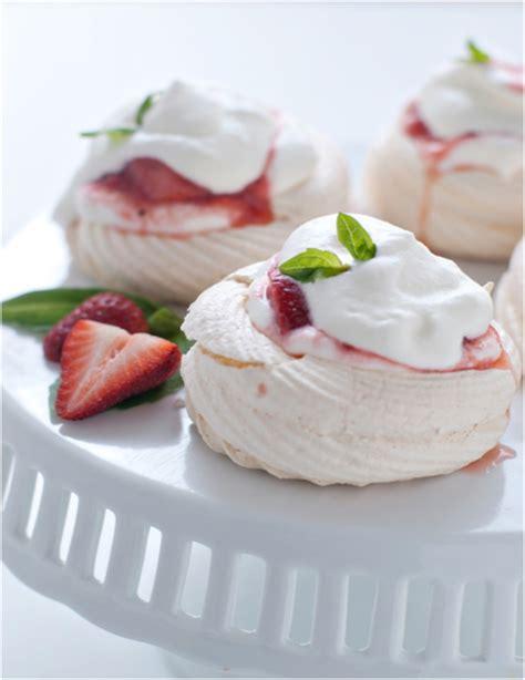 meringue dessert recipes easy meringue dessert recipes easy 28 images delicious