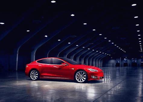 tesla model   interior  features auto suv