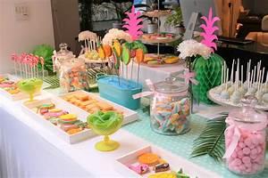Deco Table Tropical : sweet table th me tropical pour gifi par studio candy d coration sabl s personnalis s ~ Teatrodelosmanantiales.com Idées de Décoration