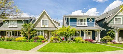 Higher Mortgage Rates Spark Refinance Slump, Though ...