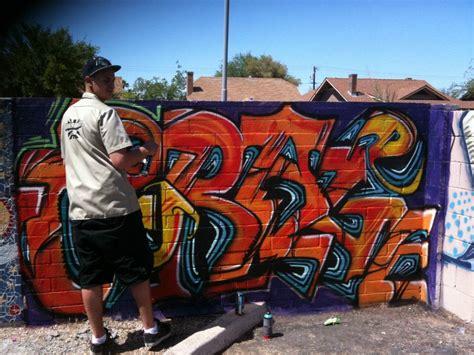 Graffiti Yuni : Yuni Lotus Consulting
