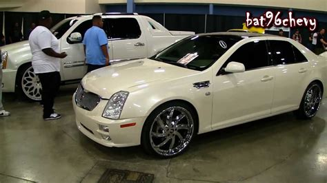 Cadillac Sts 2005 With Rims Wallpaper