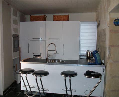 dessus de cuisine cuisine photo 1 2 manque la peinture et le bar au