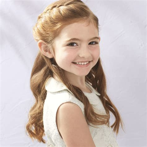 Flower Girl?s Braided Half Up Half Down Hairstyle   Martha