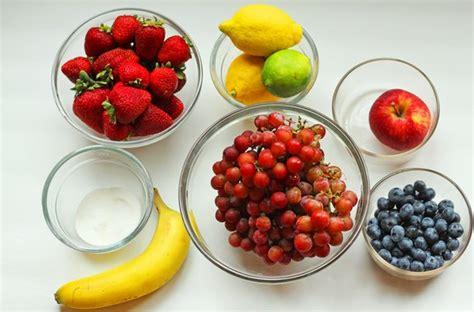 membuat salad buah lezat bisa dilakukan  rumah  bahan  resep  mudah situspandacom