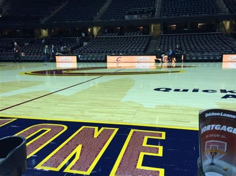 Cavs Floor Box Seats by The 25 Best Nba Arenas Ideas On