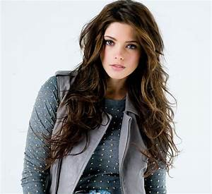 Wallpapers OF Ashley Greene
