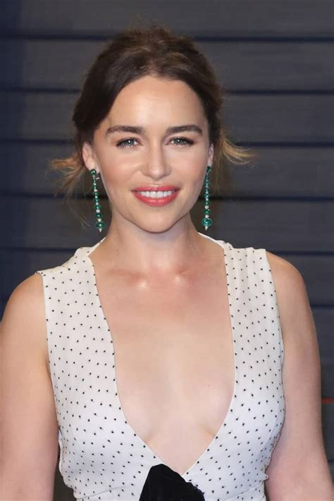 1988) is a british actress best known for playing daenerys targaryen in the hbo television adaptation of 'game of thrones.' find more emilia clarke pictures, news and information. Emilia Clarke's Hairstyles Over the Years