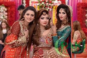 Beautiful Pakistani Wedding Bridal Dresses, Makeup and Hairstyles PakiFunda