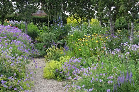 country kitchen decor ideas how to garden with gravel sa garden and home