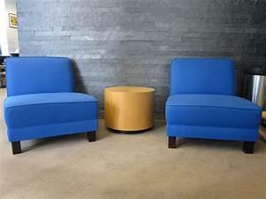 Fauteuil D Occasion : fauteuil d 39 accueil bleu adopte un bureau ~ Teatrodelosmanantiales.com Idées de Décoration