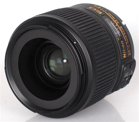 Nikon 35mm F 1 8g nikon af s nikkor 35mm f 1 8g lens review ephotozine