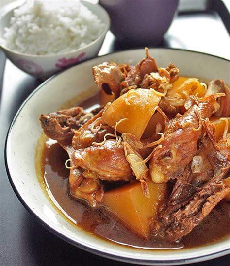 Resep ayam suwir kecap merupakan salah satu resep masakan rumahan yang cukup mudah dan praktis dalam cara memasaknya. Resep Semur Ayam Kentang Kecap Lezat | Resepkoki.co