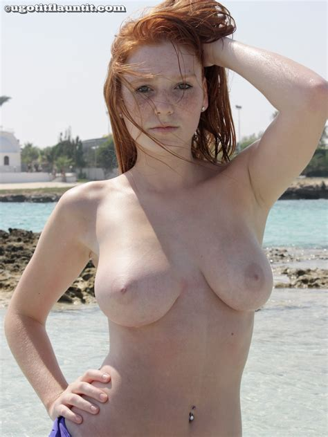 Rachel Topless And Wet Sexy Naked Redhead