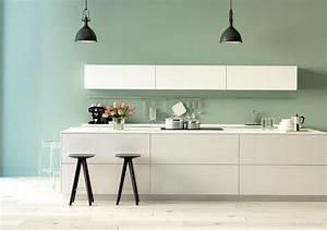 Wandfarbe Küche Trend : streich gr n mint gr n kolorat wandfarbe streichen renovieren k che wandfarbe mint ~ Markanthonyermac.com Haus und Dekorationen