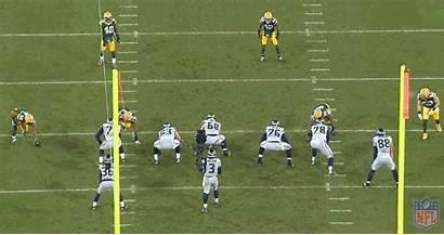 Daniels Mike Lineman Defensive Sack Quarterback Packers
